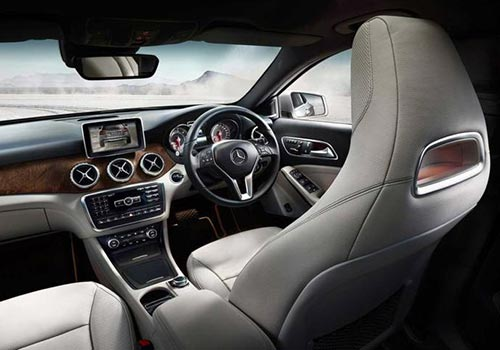Mercedes Benz Gla Class Lauched In India At Rs 32 75 Lacs