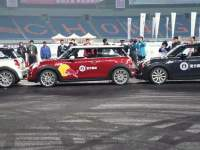Guinness World Record! World's Tightest Parallel Parking Record Broken by China's Han Yue