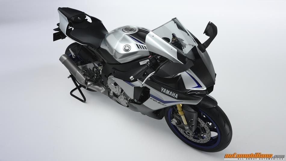 2015-Yamaha-YZF1000R1SPL-EU-Silver-Blu-Carbon-Detail-002 (Copy)