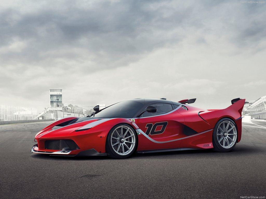 Ferrari-FXX_K_2015_1024x768_wallpaper_02