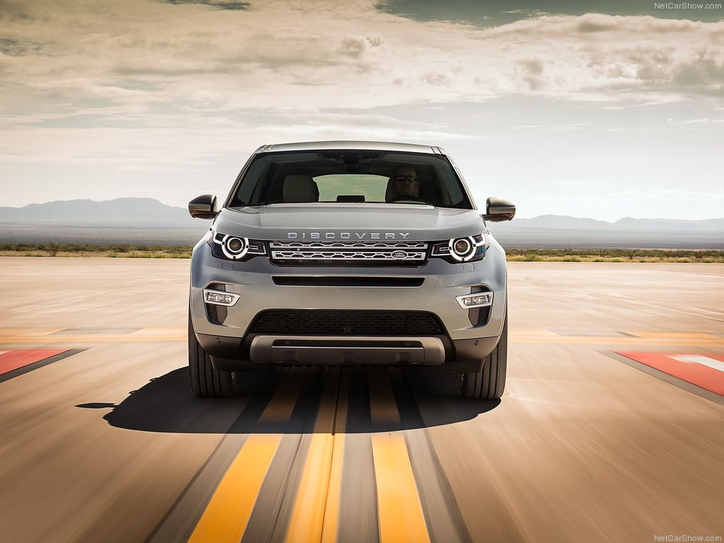 Land_Rover-Discovery_Sport_2015_1024x768_wallpaper_29