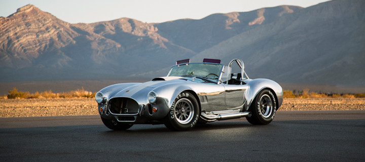 50th Anniversary Shelby Cobra 427 Unveiled; Only 50 Examples (Cars) to be Sold