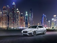 2016 Jaguar XF Drives Over A Wire – Gets Officially Unveiled in London in an Amazing Manner!