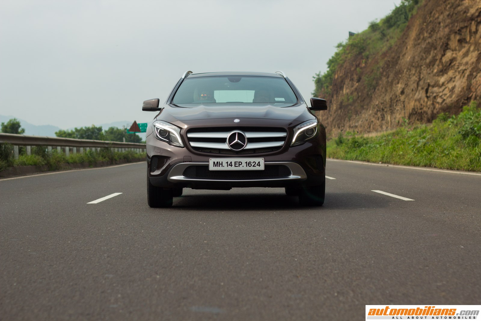 Mercedes Roadside Assistance >> 2015 Mercedes-Benz GLA 200 - Test Drive Review, GLA Class, Crossover, Mercedes GLA 200, Road ...