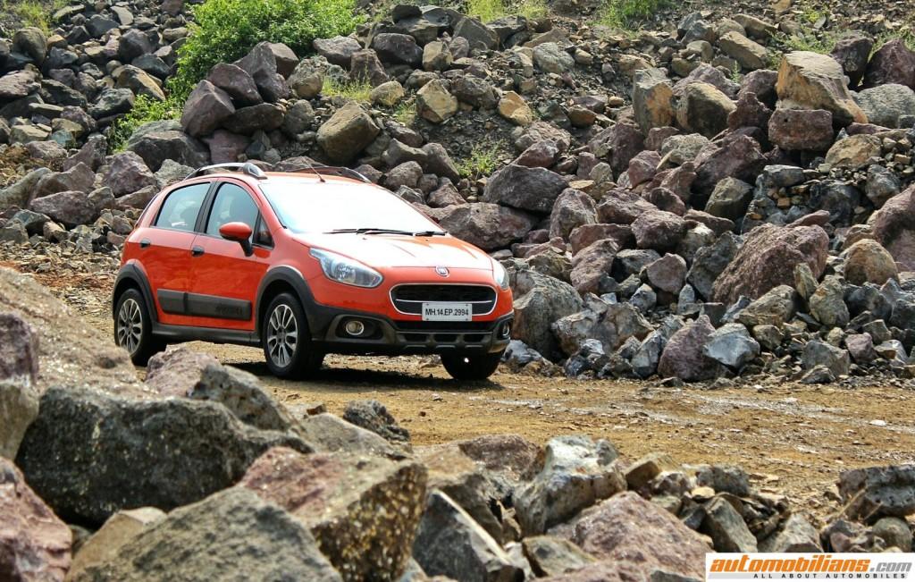 2015-Fiat-Avventura-Design-Interior-Offroad-Test-Drive-Review (17)
