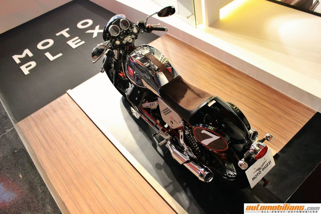 MotoPlex-Vespa-Moto-Guzzi-Aprilia-Pune (4)