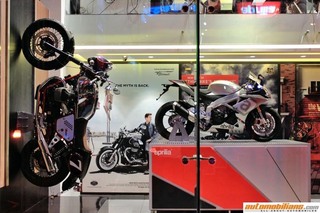 MotoPlex-Vespa-Moto-Guzzi-Aprilia-Pune (5)