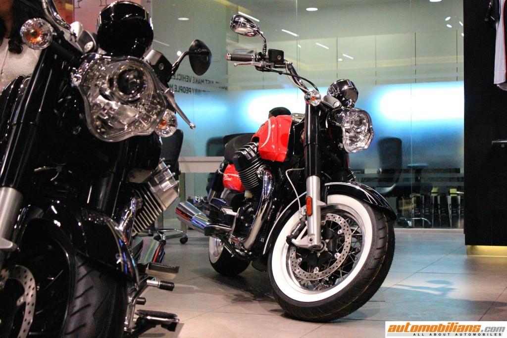 MotoPlex-Vespa-Moto-Guzzi-Aprilia-Pune (7)