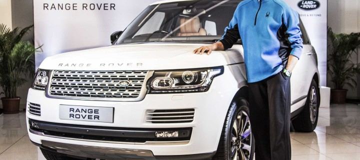 Mr. Amitabh Bachchan Buys Himself The Range Rover Autobiography