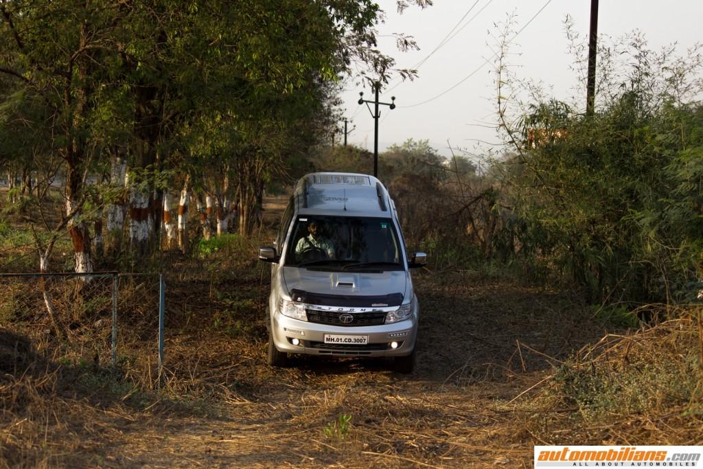 Tata-Safari-Storme-Varicor-400-Review-Automobilians (4)