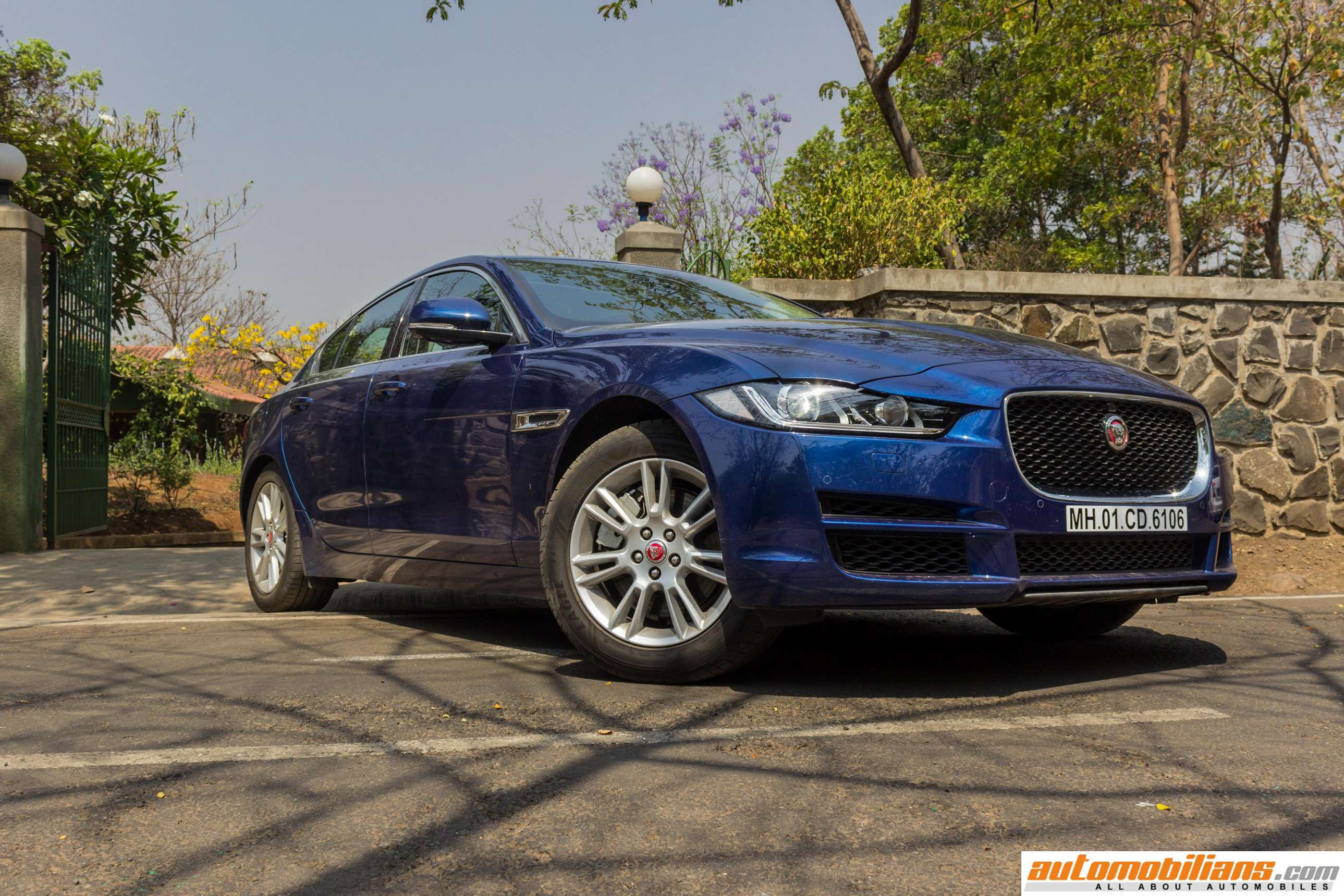 2016 jaguar xe 25t portfolio test drive review. Black Bedroom Furniture Sets. Home Design Ideas