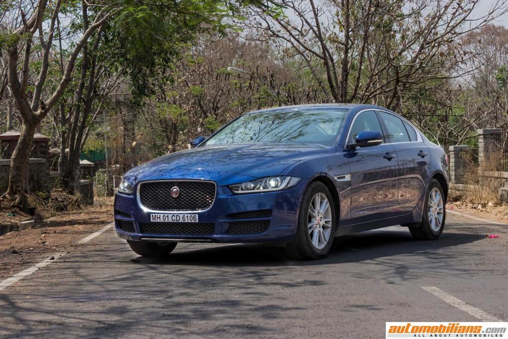 2016-Jaguar-XE-Review-Automobilians (3)