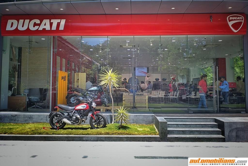 Ducati-Pune-Dealership-Automobilians (6)