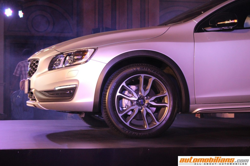 Volovo-S60-Cross-Country-India-Launch-Automobilians (4)