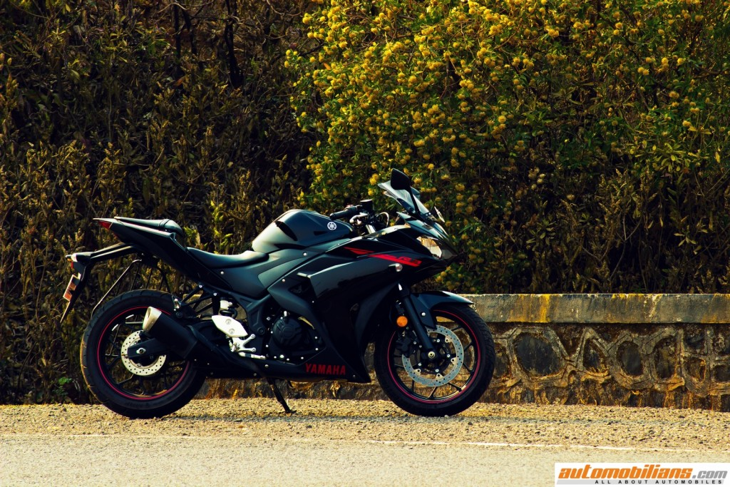 Yamaha-YZF-R3-Test-Ride-Review-Automobilians (11)