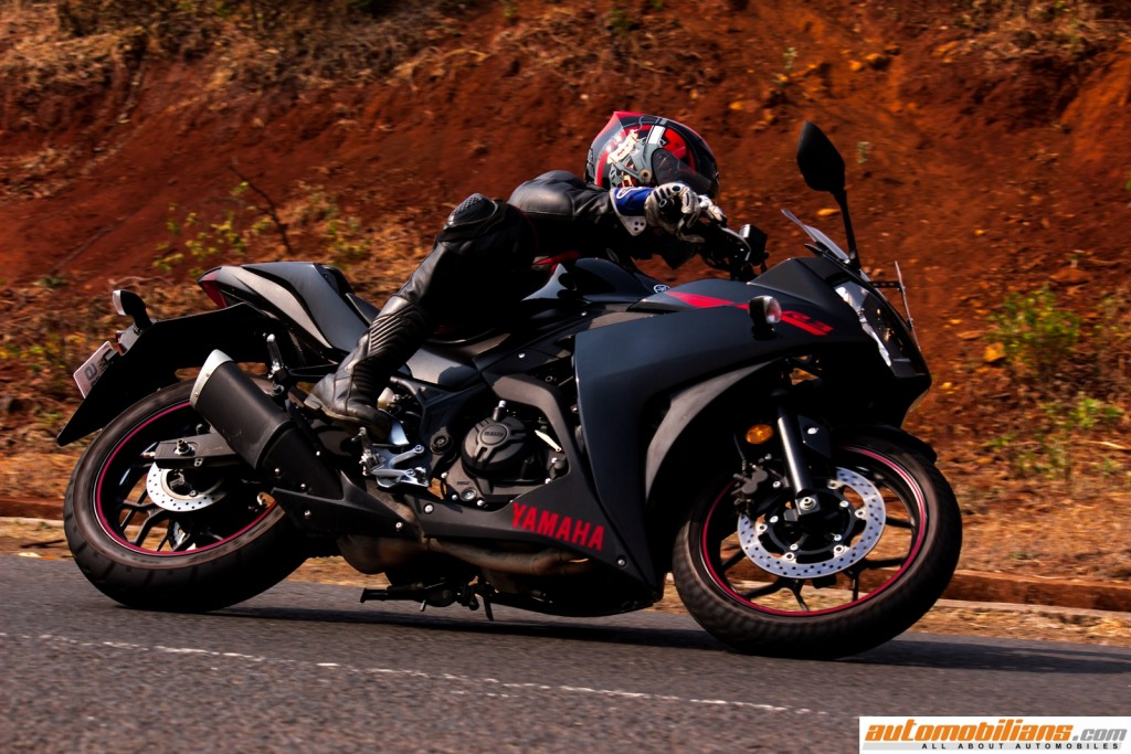 Yamaha-YZF-R3-Test-Ride-Review-Automobilians (13)