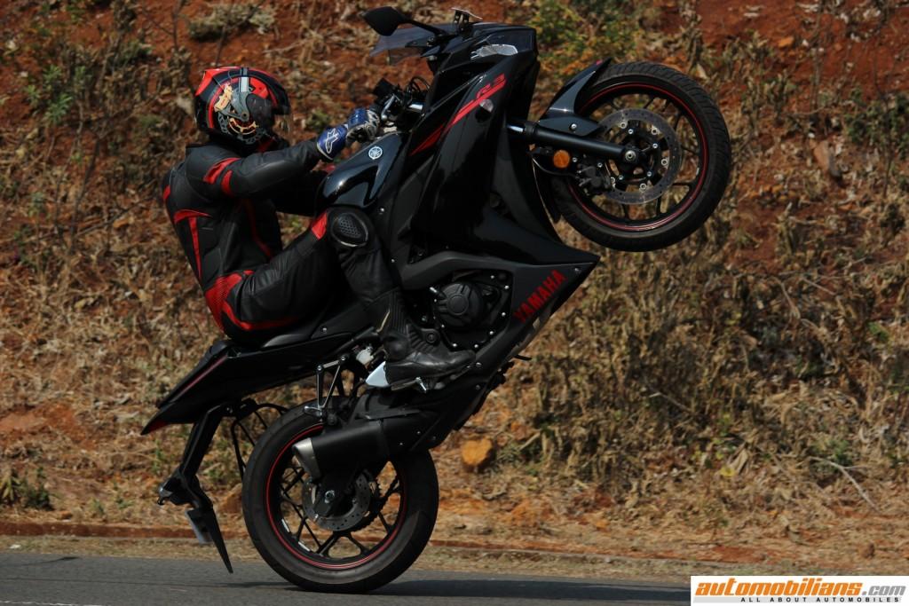 Yamaha-YZF-R3-Test-Ride-Review-Automobilians (15)