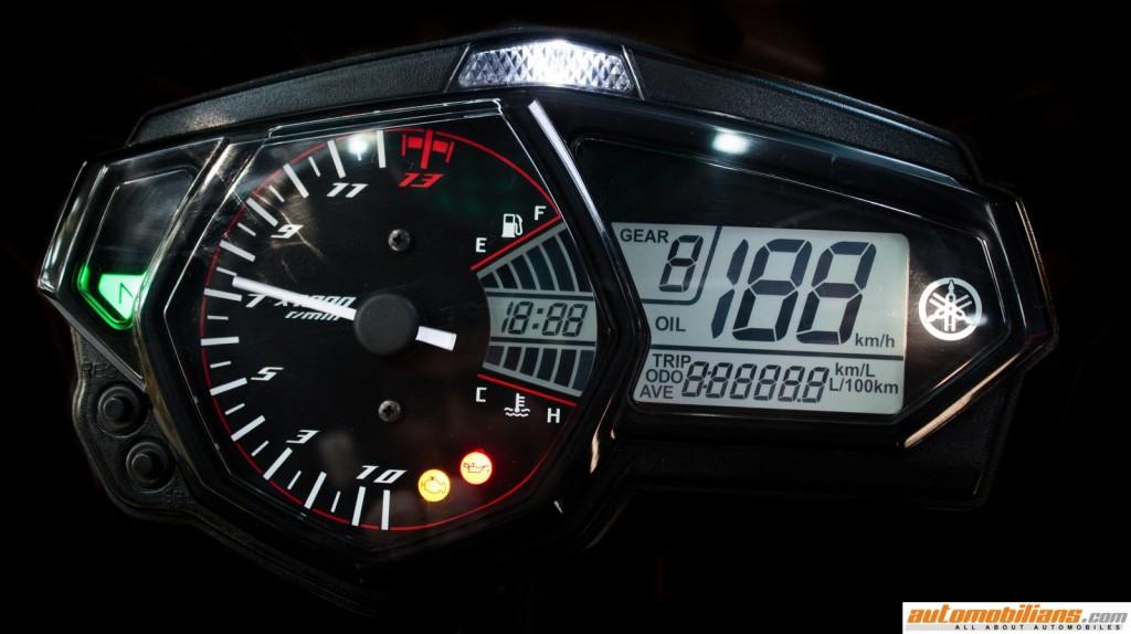 Yamaha-YZF-R3-Test-Ride-Review-Automobilians (5)