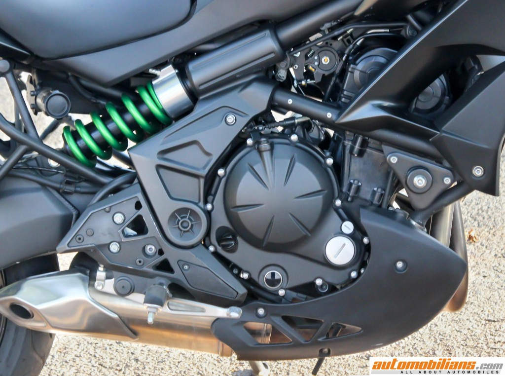 2016-Kawasaki-Versys-650-ABS-Review-Automobilians (4)