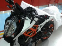2017 KTM Duke 390 Spotted Undisguised In India