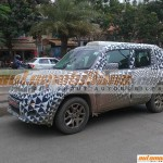 Jeep Renegade Caught Testing In Pune Side Shot-Automobilians.com