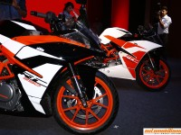 2017 KTM RC 200 & RC 390 Launched In India At Rs. 1,71,340/- & Rs. 2,25,300/- Respectively
