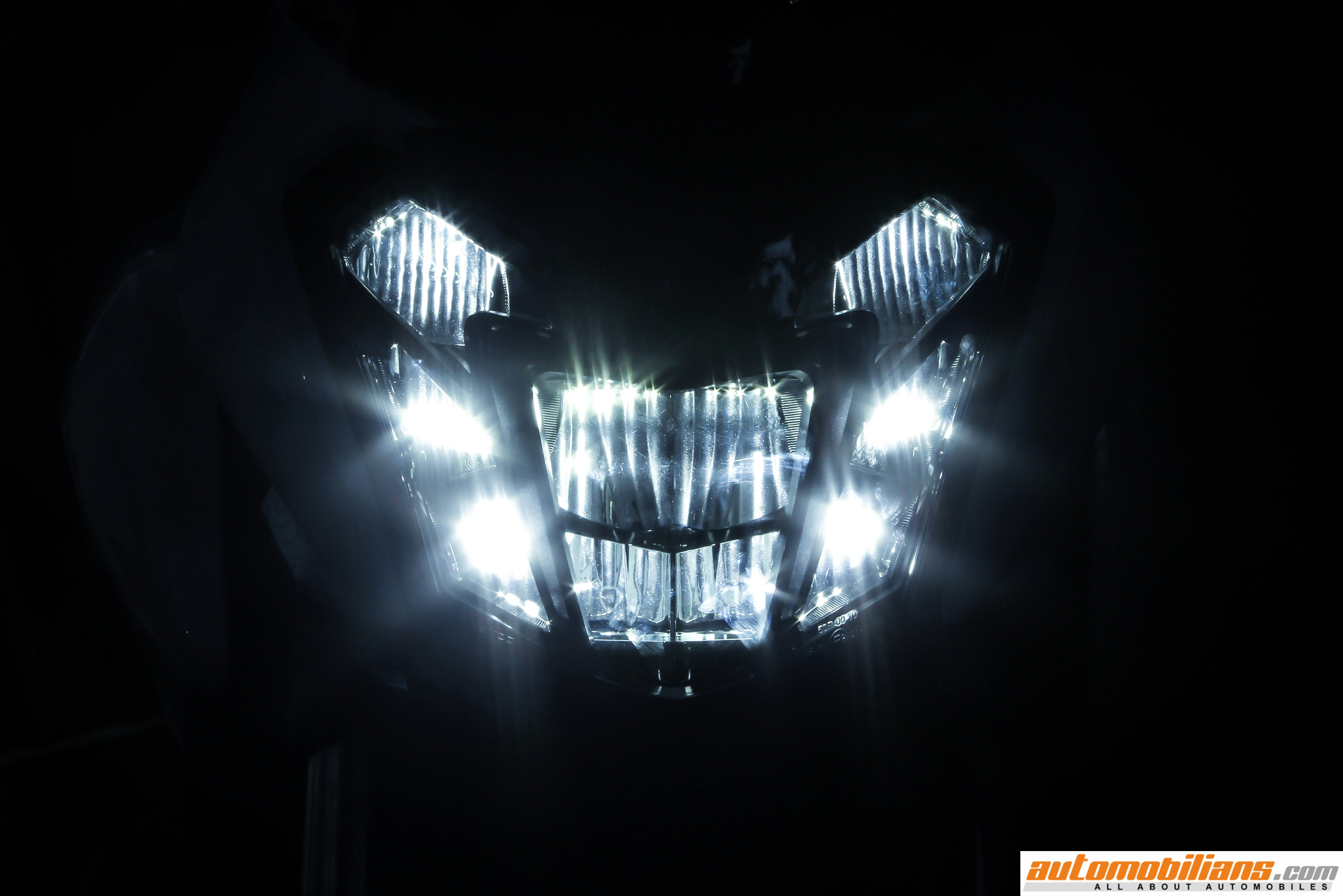 Zel Harleymc Inchheadlightassy additionally D Grill Mounted Fog Lights Change Mustang Meadows further  likewise Image also Halogen Motorcycle Headlight Crystal Amber Led Halo Turn Signal Light Bulb X. on motorcycle led headlights lights