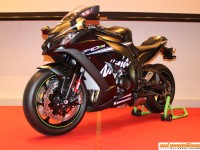 2017 Kawasaki Ninja ZX-10RR Launched In India At Rs. 21.90 Lakhs (ex-showroom, Pune)