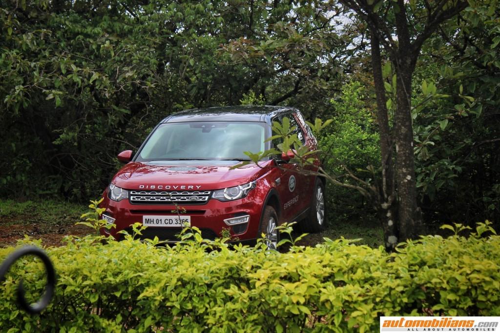 Land-Rover-Off-Road-Drive-Experience-Lonavala-2017-Automobilians (4)