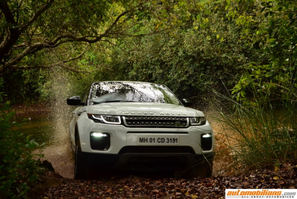 Land-Rover-Off-Road-Drive-Experience-Lonavala-2017-Automobilians (5)