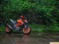 2017 KTM Duke 390 – Test Ride Review