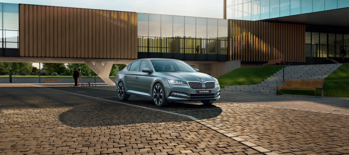 2020 Skoda Superb Facelift Launched in India At Rs. 29.99 Lakhs (Ex-Showroom, India)